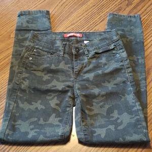 Camo Skinny Jeans by UnionBay. EUC.